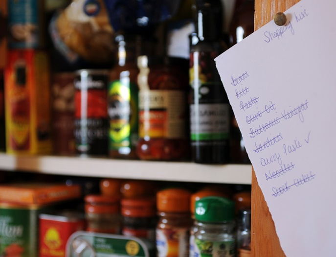 web1372_-_Shopping_list_pinned_on_kitchen_cupboard_-_Web_Version__72ppi.jpg